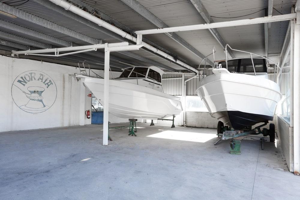 Venta, reparación y mantenimiento de barcos y embarcaciones de recreo