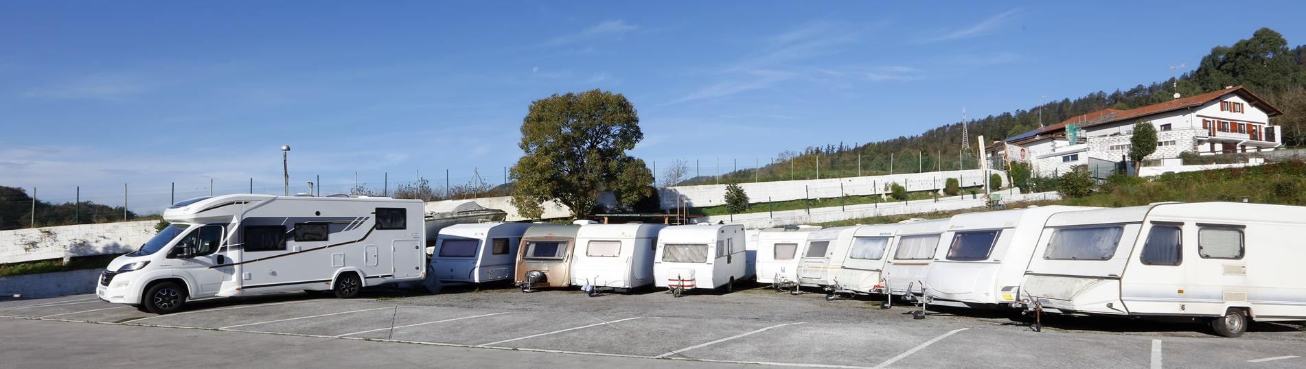 Aparcamiento 24h videovigilado para caravanas y autocaravanas en Orio